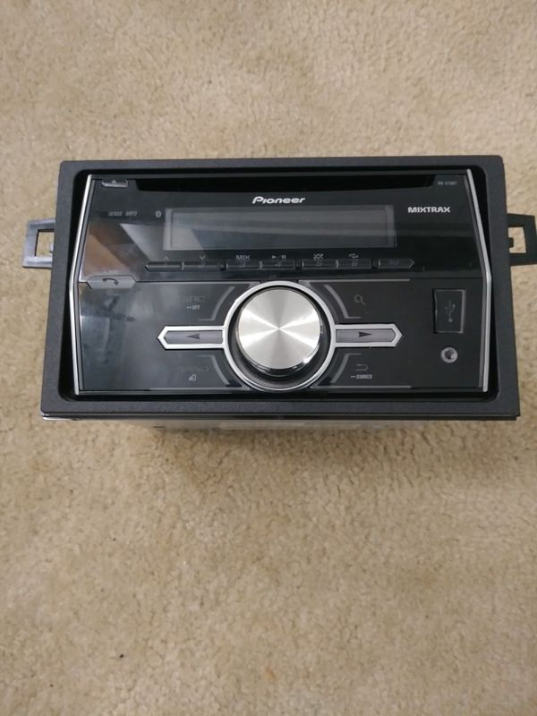 Pioneer din Bluetooth/USB/AUX/CD Player $75 OBO