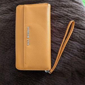 Dana Buchman Wallet for Sale in Crete, IL