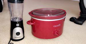 Crockpot & Personal Blender for Sale in Houston, TX