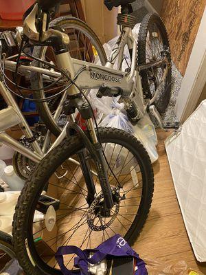 Mountain bike mongoose like new for Sale in Methuen, MA