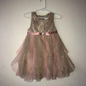 Toddler Girls Formal Party Dress (Size 2T) for Sale in Artesia, CA
