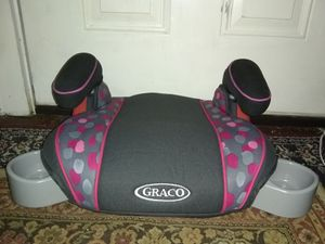 GRACO BOOSTER SEAT LIKE NEW for Sale in Cleveland, OH