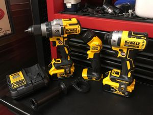 DEWALT XR BRUSHLESS 3 TOOL CUSTOM KIT W 3 SPEED HAMMER DRILL, 1/4 inch IMPACT DRIVER, and 20V FLASHLIGHT INCLUDING 4.0/5.0/CHARGER BRAND NEW for Sale in Virginia Beach, VA