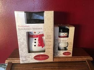 New Snowman Electric Wax Warmer Set- with FREE wax melts! for Sale in Waldo, OH