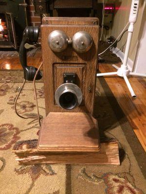 Antique Telephone for Sale in Alamo, GA