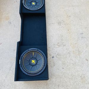 ($400) Kicker Truck Setup For 99-06 Chevy Ext Cab for Sale in Sanger, CA