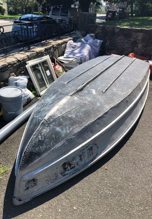 Aluminum boat 12 feet long for Sale in Stamford, CT