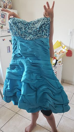 Prom dress for Sale in Highland, CA