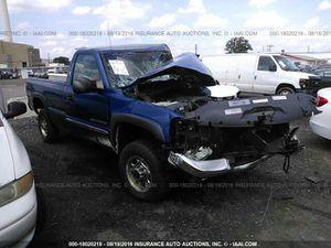 04 gmc sierra 2500hd parts for Sale in Philadelphia, PA