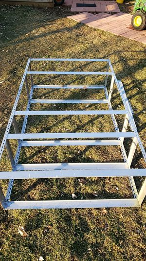 Metal shelving Unit for Sale in Cary, IL