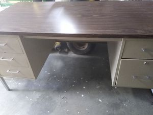 Metal desk for Sale in Knoxville, TN