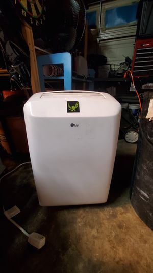 LG air conditioner/dehumidifier for Sale in Riverside, CA