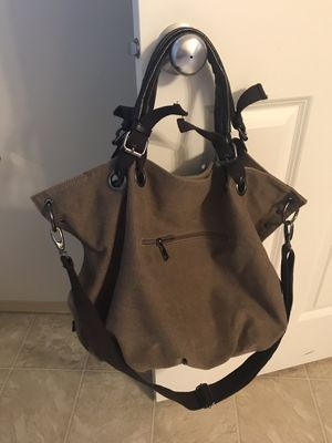 Chocolate brown purse/travel bag for Sale in Maple Valley, WA