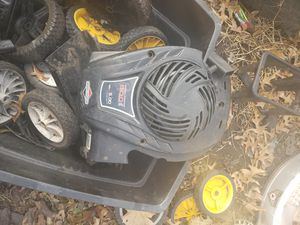 Briggs and stratton new style starter recoil cover for Sale in Des Moines, IA