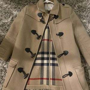 Authentic Kids Burberry Duffle Wool Coat Sz 10 for Sale in Las Vegas, NV