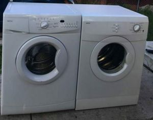 """Whirlpool COMPACT """"24"""" FRONT LOAD WASHER AND DRYER for Sale in Miami, FL"""
