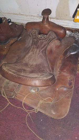 Saddle for Sale in Tyler, TX