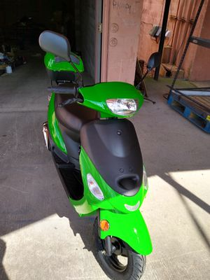 Moped 2019 brand new for Sale in Lexington, KY