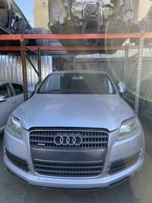 PARTING OUT 2007 / 2008 / 2009 / 2010 / 2011 / 2012 / 2013 / 2014 / 2015 AUDI Q7 ENGINE MOTOR 4.2L 4.2 TRANSMISSION for Sale in Los Angeles, CA