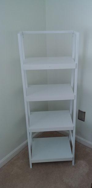 White bookcase for Sale in Kenosha, WI