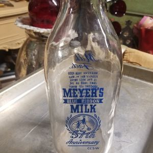 Myers Vintage Milk Bottle for Sale in Amherst, OH