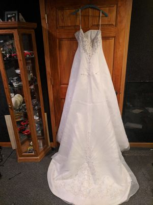 Wedding dress for Sale in Morton, IL
