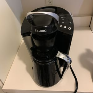 Keurig Coffee Maker for Sale in Fort Myers, FL
