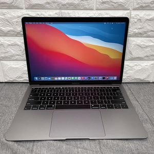 """Apple MacBook Air 13"""" Laptop Space Gray (2019) 1.6GHz i5 8GB 256SSD for Sale in Fremont, CA"""
