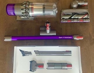 Dyson V11 Absolute Pro Vacuum Brand New In Box for Sale in Olancha,  CA