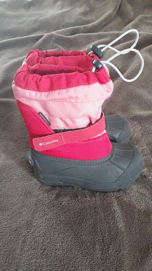Columbia girl snow boots size 11 small kids for Sale in Boulder, CO