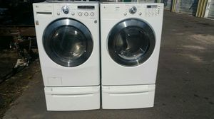 LG washer dryer set 1 year old for Sale in Orlando, FL