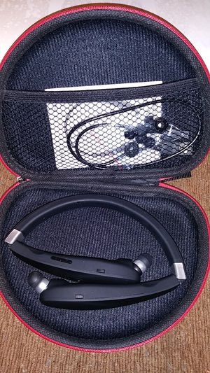 Wireless Bluetooth Headset for Sale in Florissant, MO