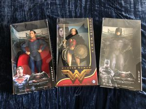 DC collectible action figures for Sale in Simpsonville, SC
