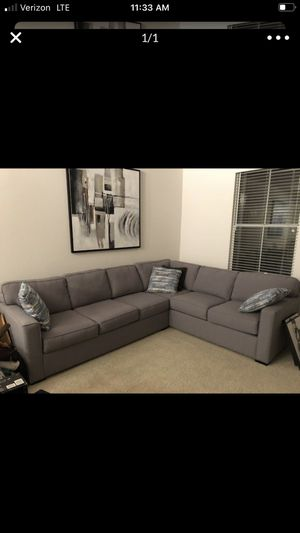 Couch (pulls into a bed) for Sale in Irvine, CA
