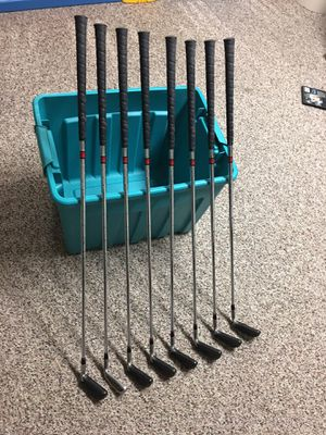 Hogan H40 Golf Clubs Complete Irons Set w/ Covers for Sale in Coatesville, PA