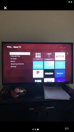 32 inch TCL Roku TV for Sale in Stone Mountain, GA