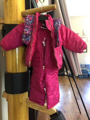 3T snow suit for Sale in Rancho Cucamonga, CA