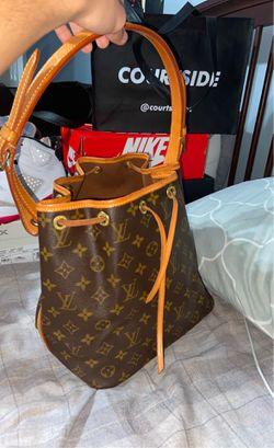 Louis Vuitton Drawstring Handbag for Sale in Holly Springs,  NC
