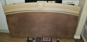 Queen bedroom set for Sale in Madison, OH