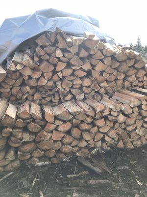 Seasoned Firewood (FREE DELIVERY) for Sale in Lake Forest Park, WA