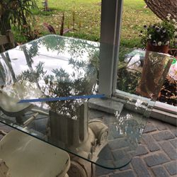 Free..... Glass To Make A Top For A Table FCFS for Sale in Sanibel,  FL