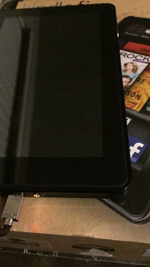 Kindle fire tablet w/case for Sale in Houston, TX