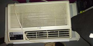 Window air conditioner for Sale in Columbus, OH
