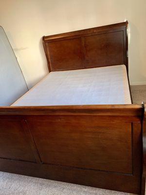 Queen bedroom set for Sale in Annandale, VA