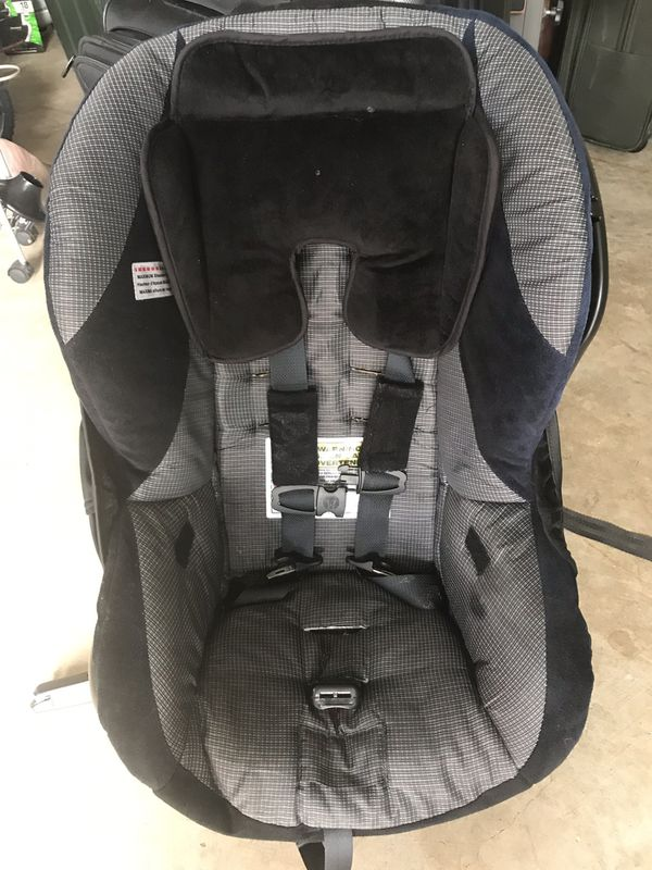 Britax car seat in excellent condition