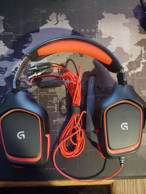 Gaming headset for Sale in Beaumont, CA