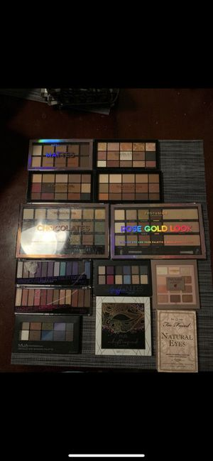 Eyeshadow pallets for Sale in Chula Vista, CA