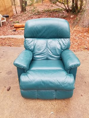 Lazyboy Recliner for Sale in Lithonia, GA