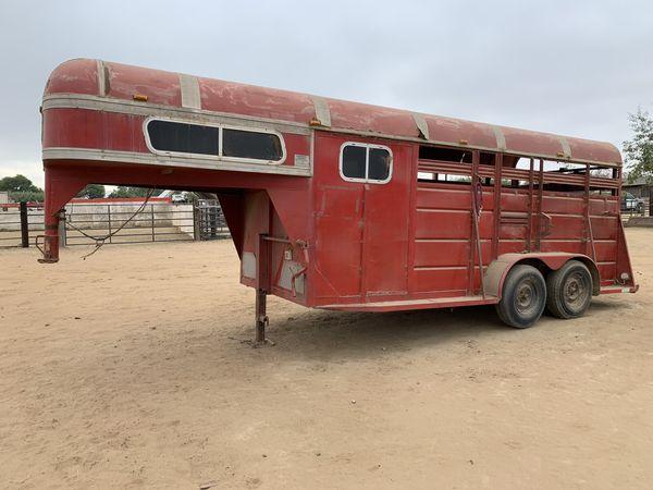 3 horse Trailer Gooseneck