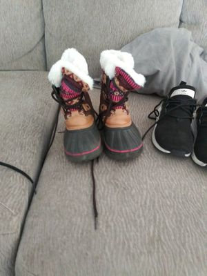 Kids snow boots. for Sale in Lemon Grove, CA
